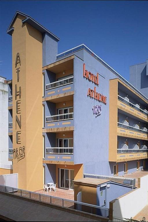 renovovaný rodinný hotel Athene Neos - Lloret de Mar - Costa Brava - Španělsko