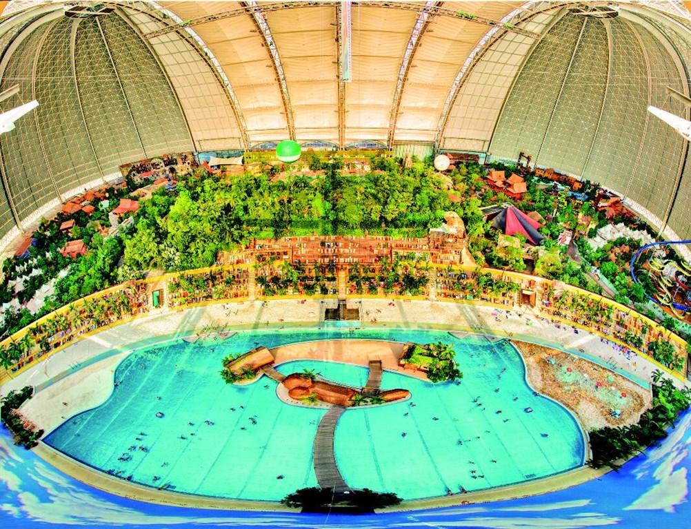 Tropical Islands - svět tobogánů, vodopádů, deštných pralesů a největší saunovací zónou v Evropě - Něměcko