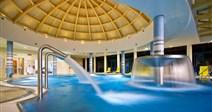velký termální bazén - Hotel Ozón - lázně Bardějovské Kúpele - Slovensko - RELAX