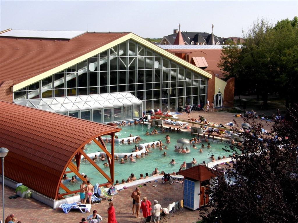 rekreační bazén - Termální park Thermal Corvinus - lázně Velký Meder - Slovensko - RELAX